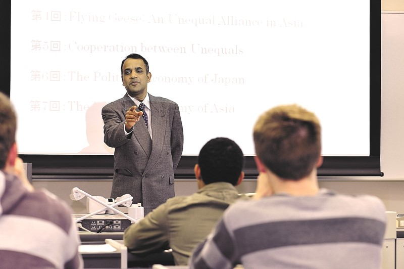 Professor Mahbubul Alam Chowdhury teaches international students about the Flying Geese model of Asian economic development.