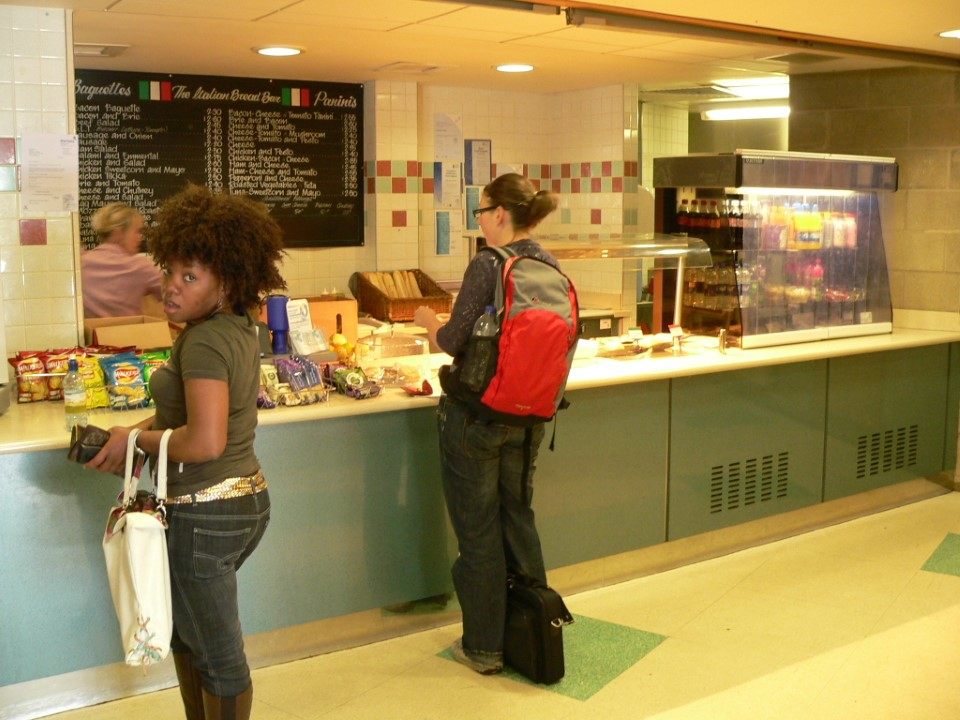 In the mood for some Italian food? You're in luck. Stop by the Italian Bread Bar located on campus.