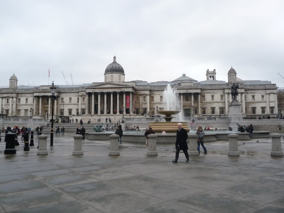 Trafalgar Square is at the heart of London. On the north side is the neo-classical National Gallery, housing a collection of more than 2,300 paintings. Go check them out!