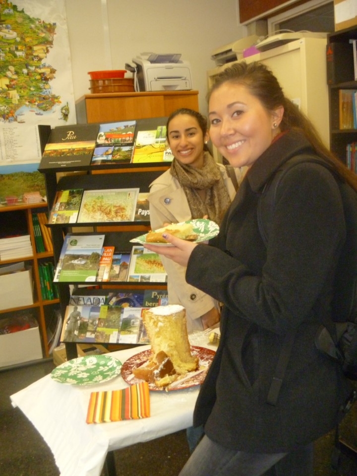 Being abroad does not mean you cannot celebrate your favorite holidays. Here Lauren and Jordana enjoy cake on Thanksgiving Day
