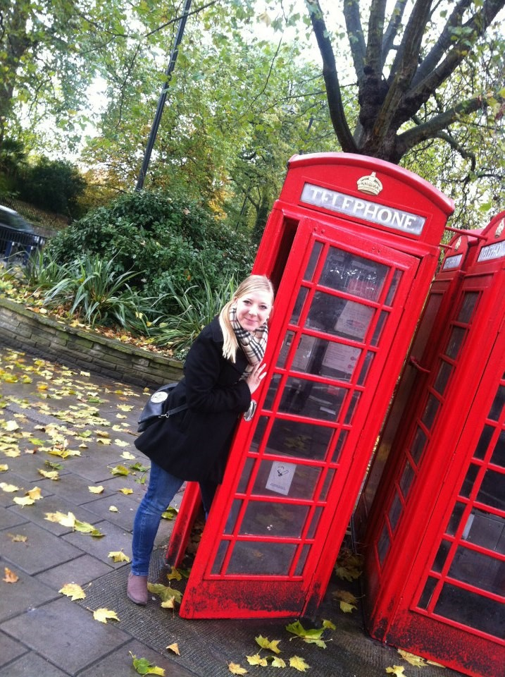 Hard to resist posing in front of England's iconic red telephone booths!!