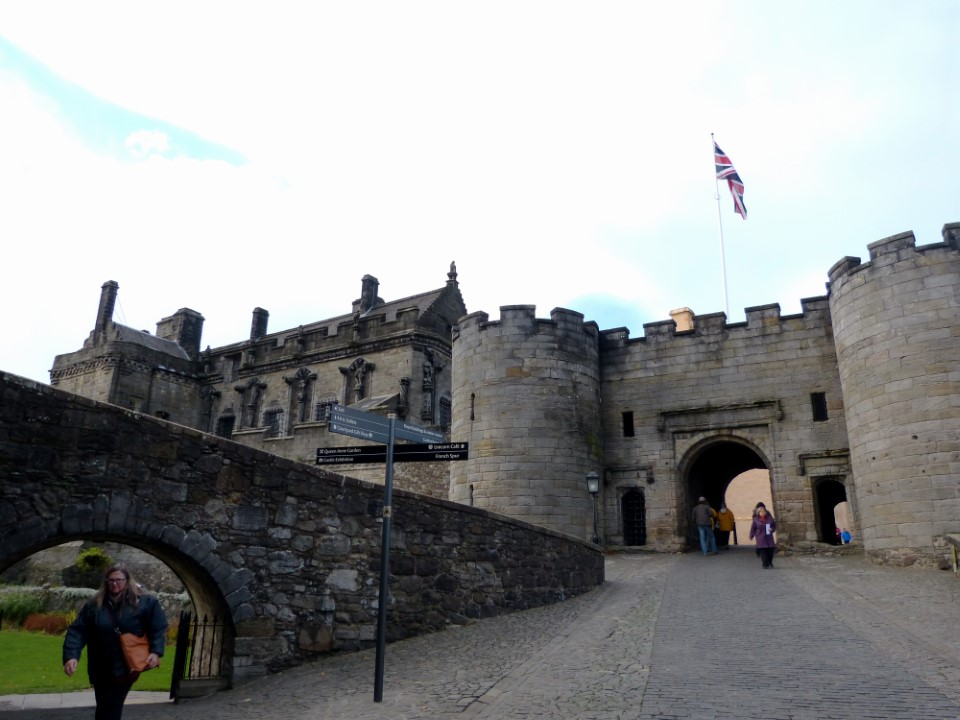 Stirling castle is perhaps one of the most important castles in Scotland due to its history and architectural beauty. It is surrounded on three sides by steep cliffs, which gives it a strong defensive position. The castle is easy to visit as it is only about a 20 minute bus ride from the university.