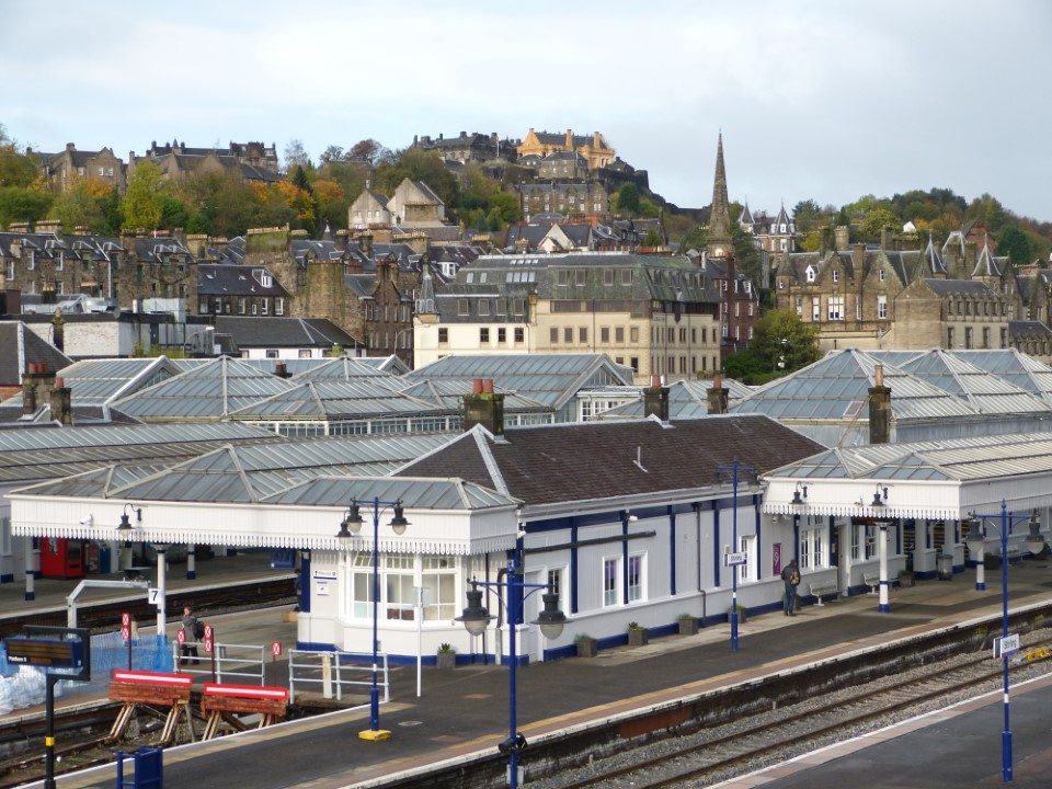 The Stirling train station makes it easy to travel to other locations throughout Scotland and England whether it's a day trip or something longer.