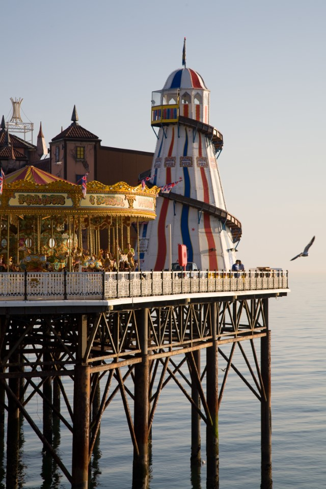 Due to its popularity as a tourist destination, there are 300 employees from 30 different countries that maintain the Brighton Pier.