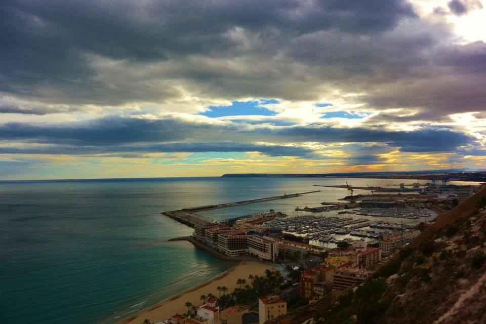 Alicante: the port