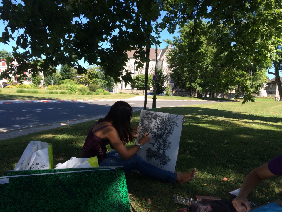 Drawing in Parc Beaumont