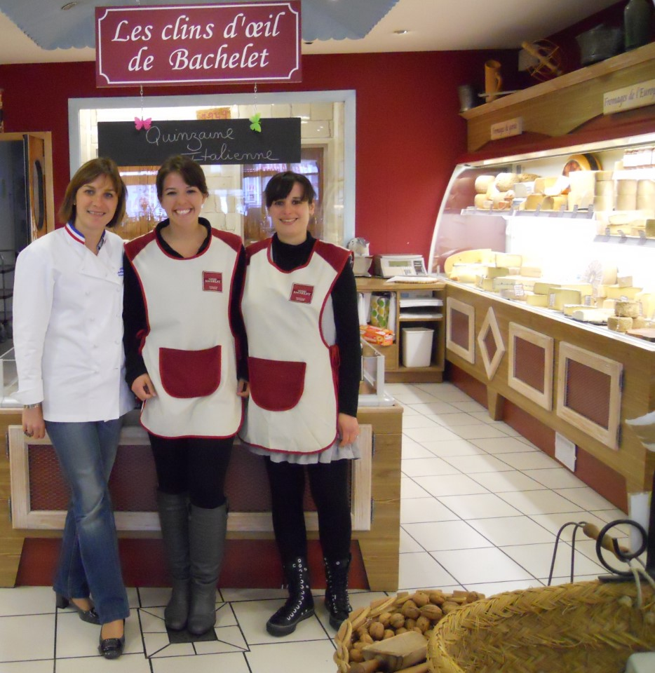 """I wanted to do something really French. Working at the fromagerie allowed me to plunge into the working culture of France, something that can't be taught in a classroom. This experience was unforgettable and extremely rewarding."" (Christine from University of Nevada, working at the cheese factory)"