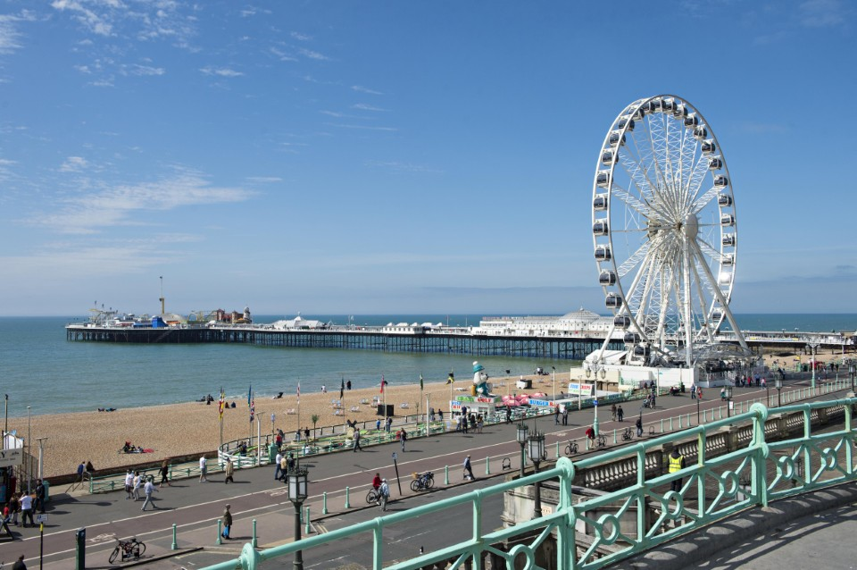 The Brighton Wheel was built in Germany and transported to South Africa in 2010, where it served as a tourist attraction during the 2010 FIFA World Cup.