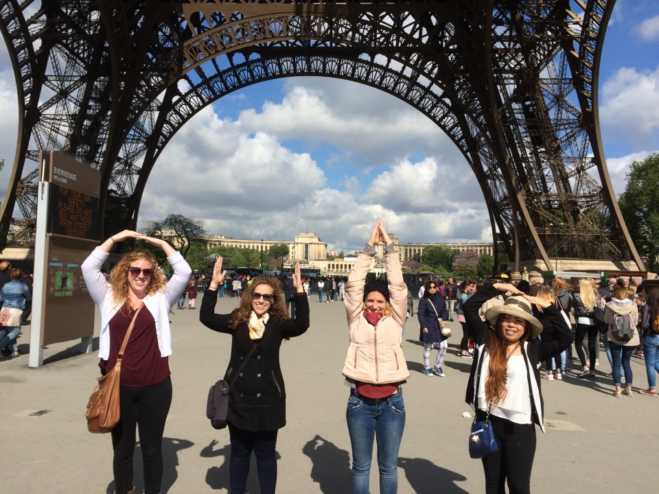 Ohio students under the Eiffel Tower
