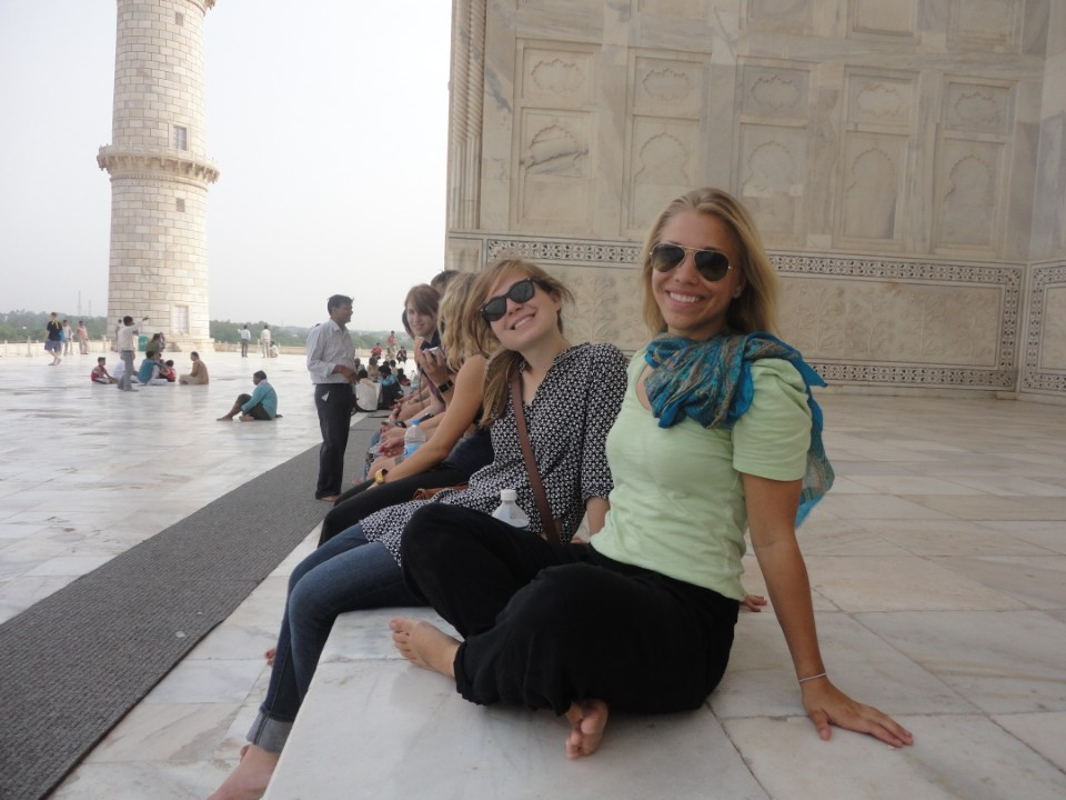 USAC students take a moment to relax and take in a ll the beautiful architecture Bangalore has to offer.