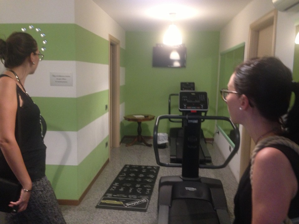 small gym area students can use for free at the residence