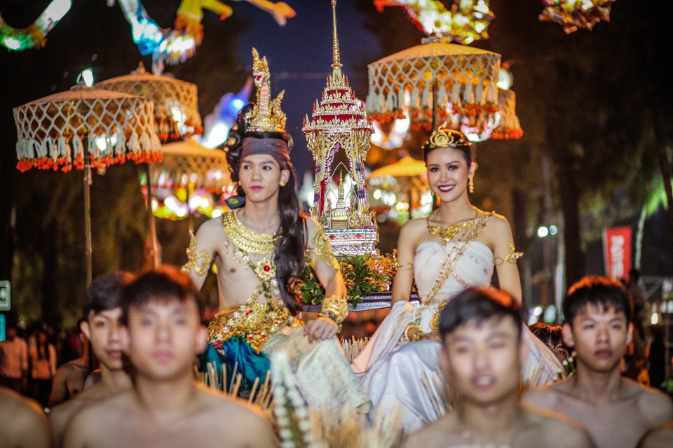 Beautiful costumes fill the streets during the Loy Krathonng Festival