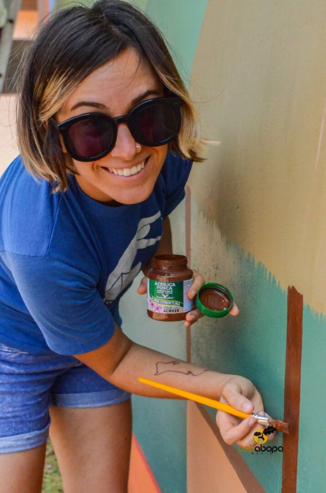 Painting local buildings in Echoing Hills Village