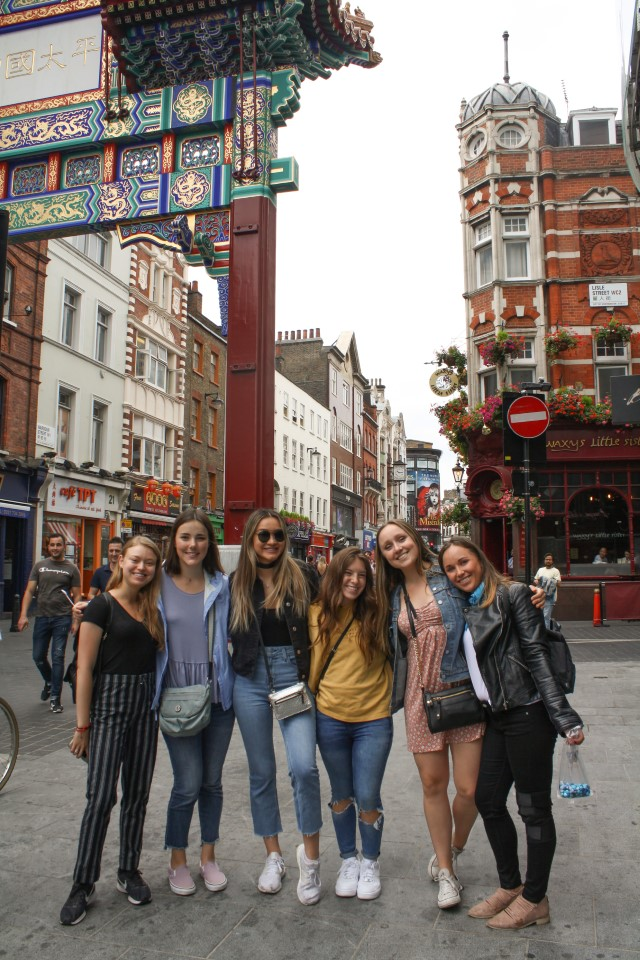 Students in Chinatown