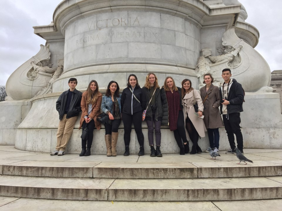 Students at the Victoria Memorial