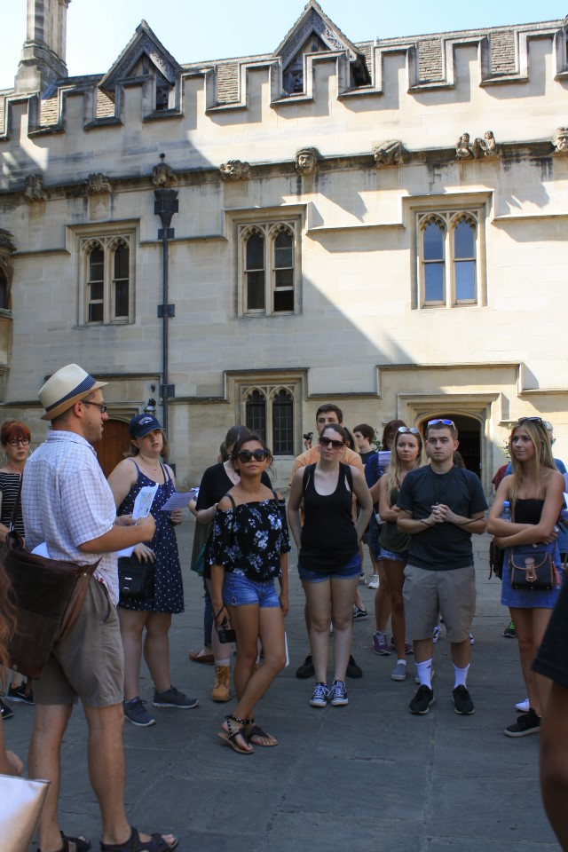 The Oxford field trip includes a personal tour guide