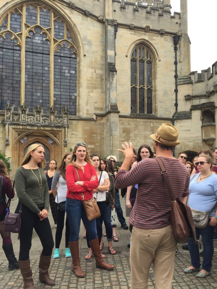 Students visit Oxford