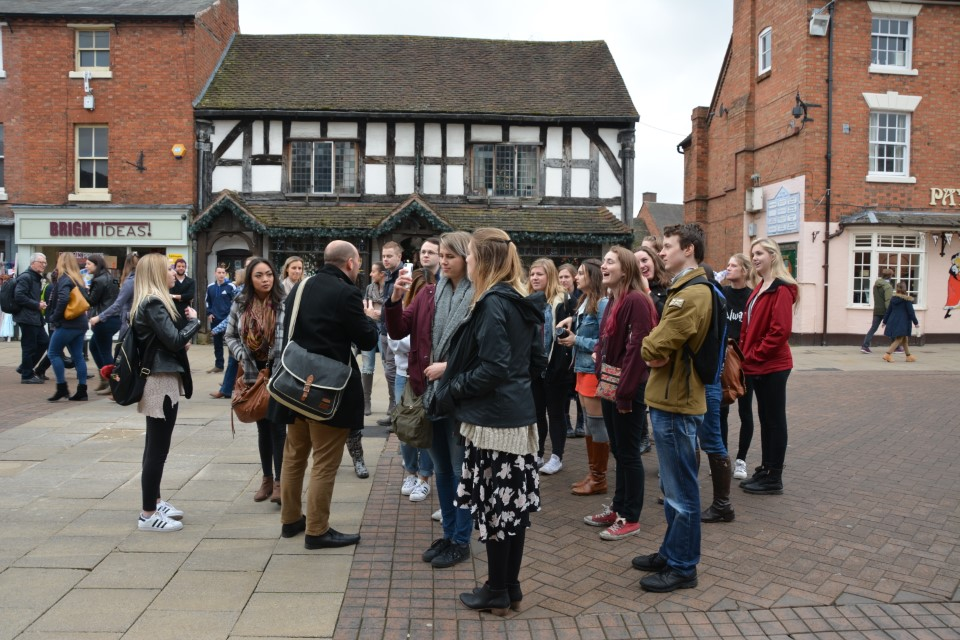 Getting a guided tour of Stratford-Upon-Avon
