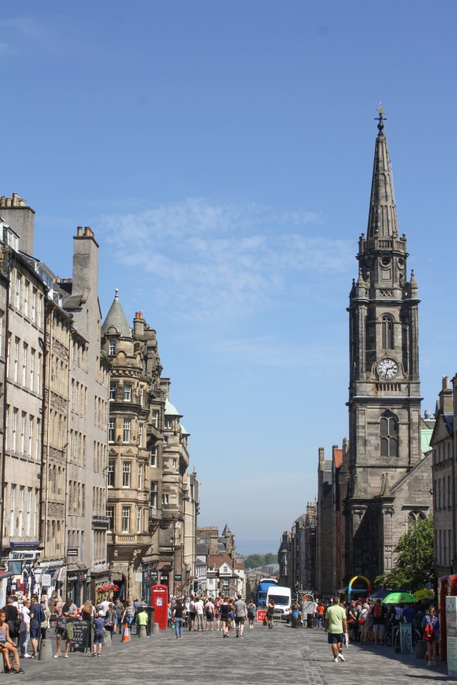 The Royal Mile will show you all the best spots in Edinburgh