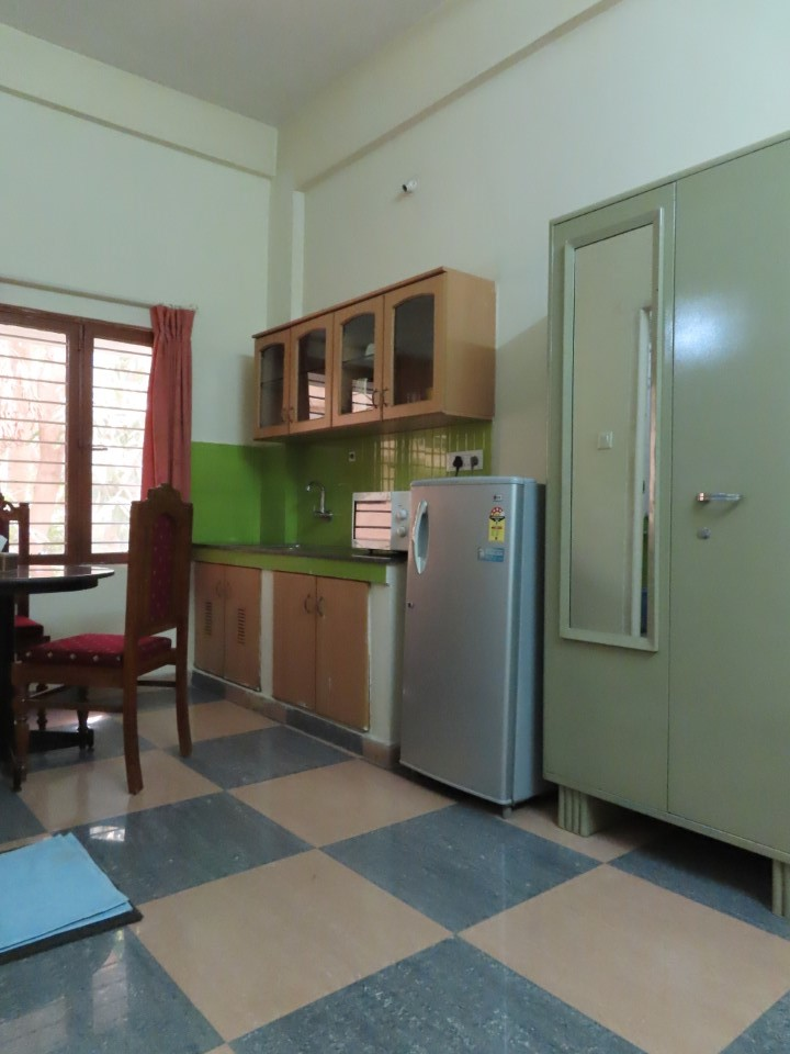 Kitchen area for students in Jonas Hall residence