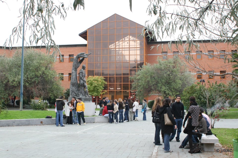 Students at the Vicálvaro Campus gathering before classes