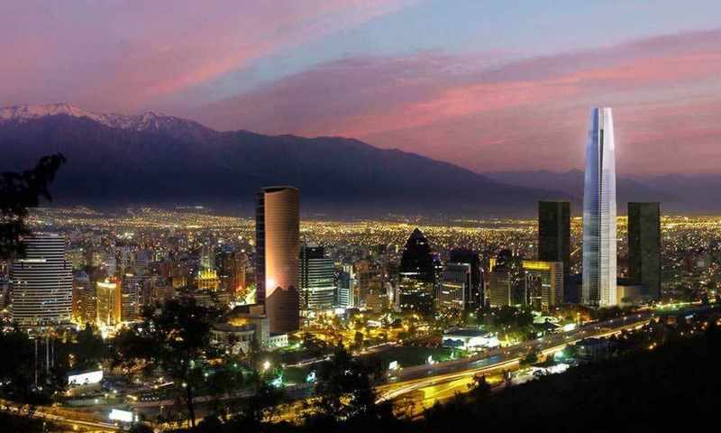 Santiago, beautiful at night