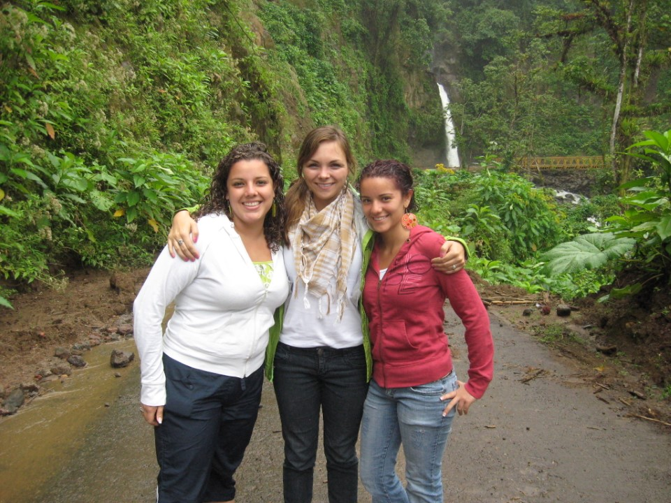 Samantha with her host sisters at La Paz waterfalls