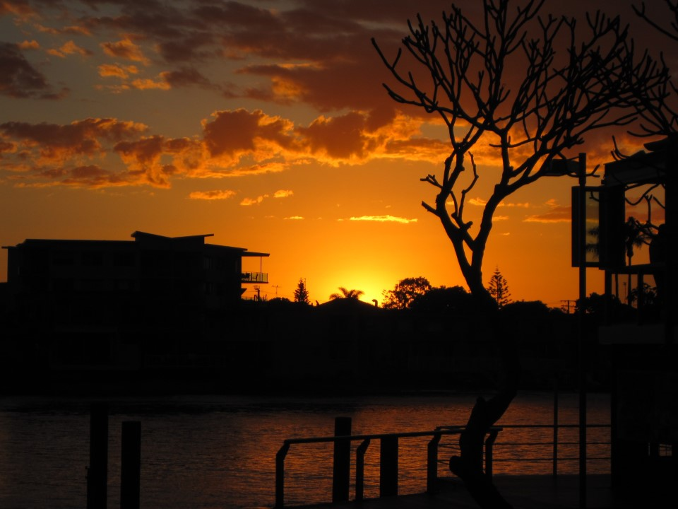 Gold Coast sunset -- not bad at all!