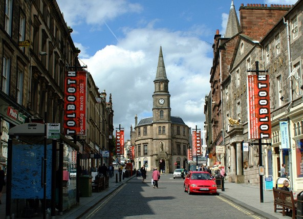 The clock tower is a good central location to meet friends and explore the streets of Stirling.