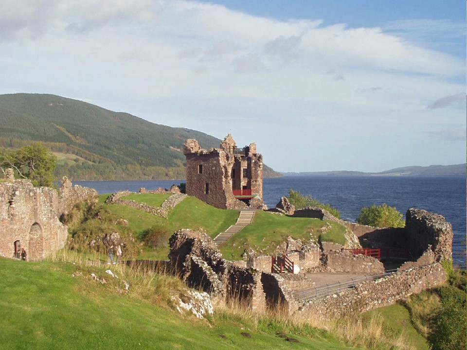 Once one of Scotland's largest castles, Castle Urquhart commands splendid views of the famous Loch Ness and Great Glen. Plus, it's a great place to look for the Loch Ness Monster!