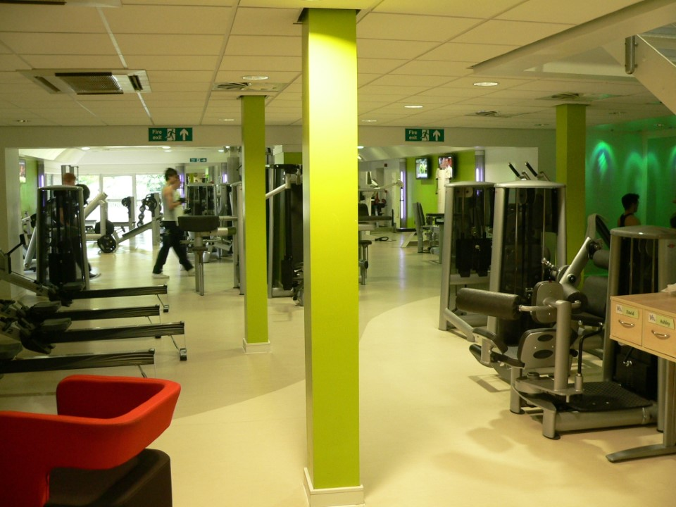 The gym on campus is available to USAC students and has a large variety of exercise equipment available.