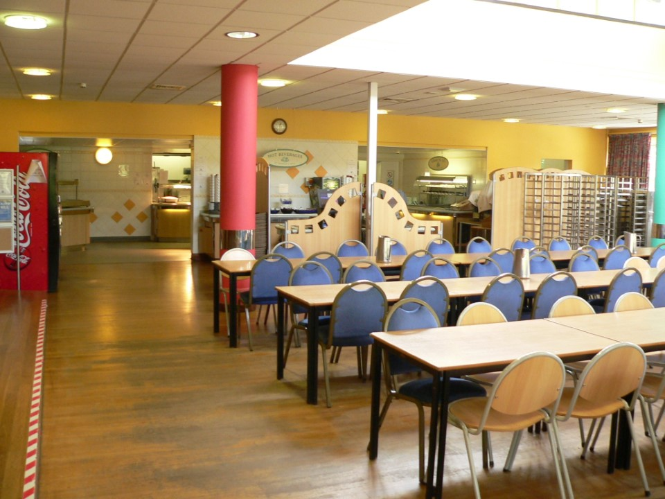 There's plenty of space and lots of good food at the cafeteria on campus.